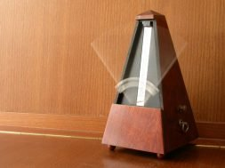 How to Use a Metronome to Learn a 2/4 March - Dojo University